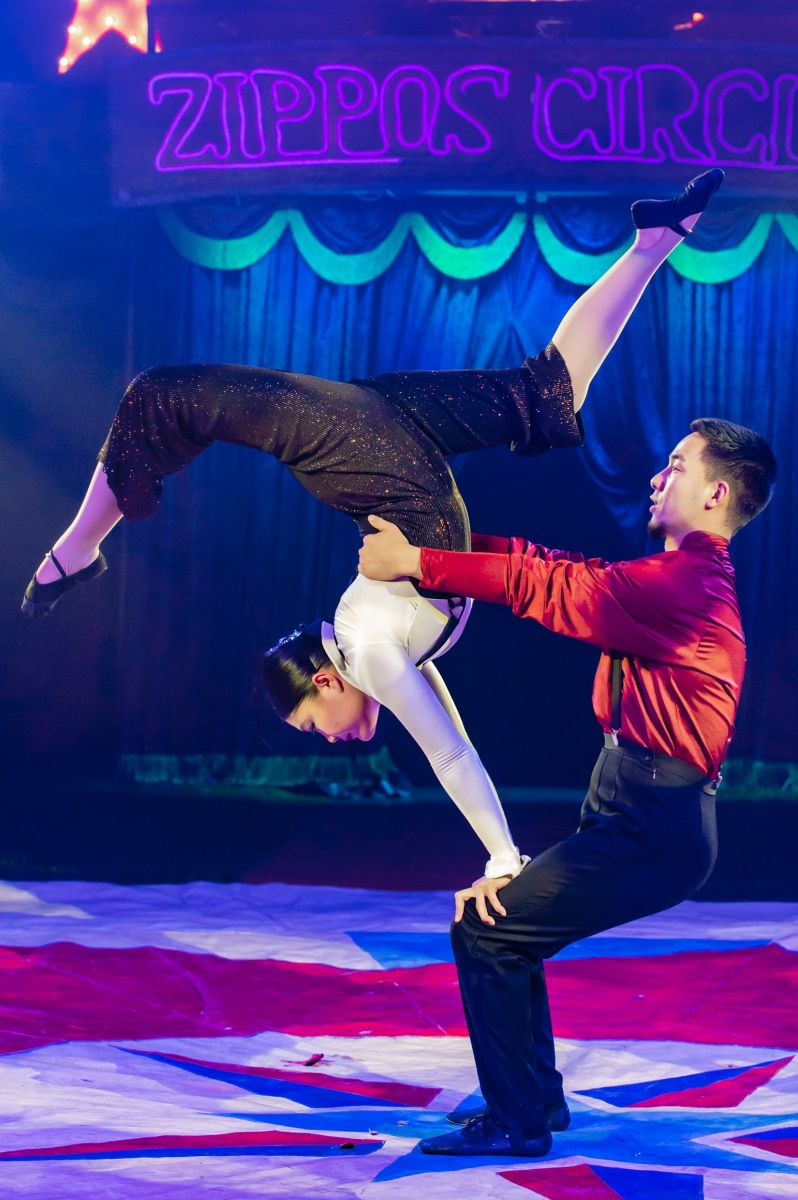 Adagio Acrobats Duo Bilka (2) Photographer credit: Piet-Hein Out