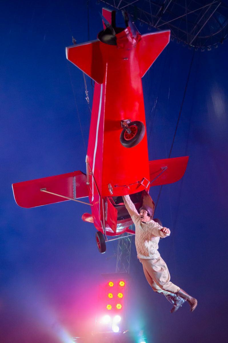 Amazing Flying Machine Duo Garcia (3) Photographer credit: Piet-Hein Out
