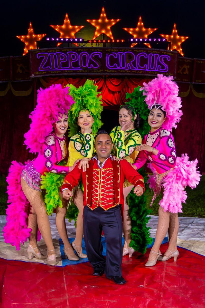 Paulo dos Santos & Showgirls (3) Photographer credit: Piet-Hein Out