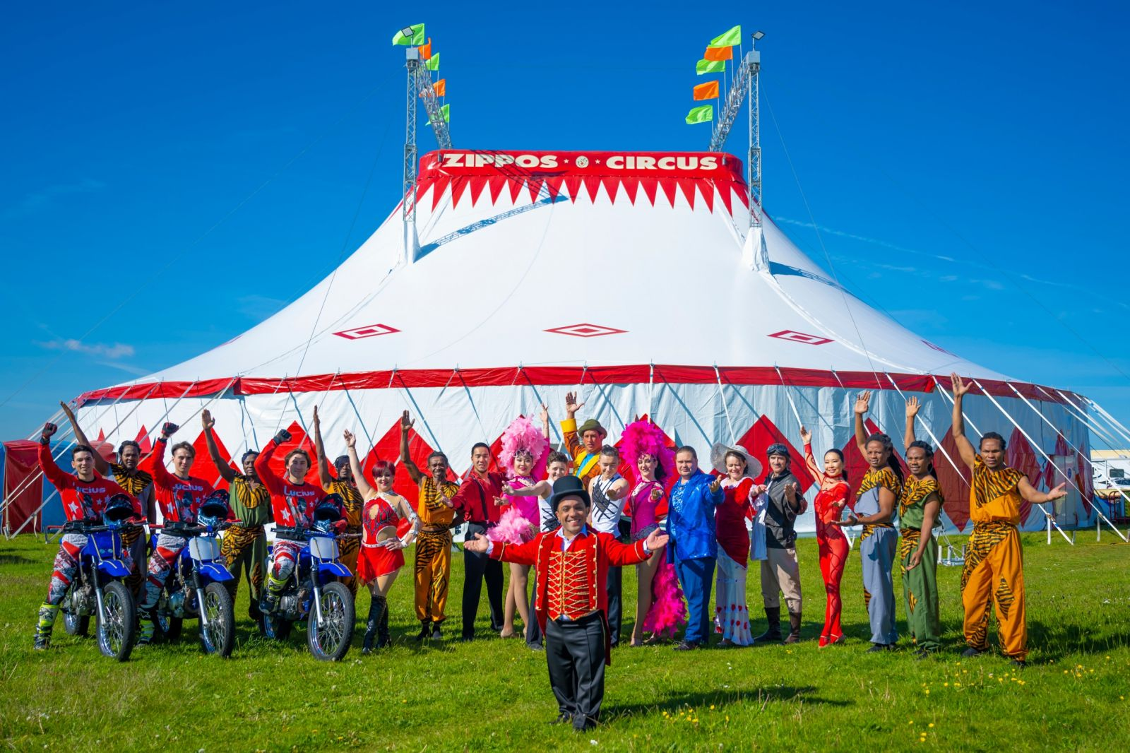 Zippos Circus Performers. Photographer credit: Piet-Hein Out